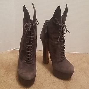 Alaia Suede Lace Up boots